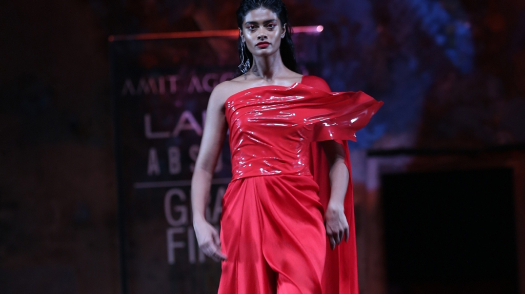 Mumbai: A model showcases an outfit by fashion designer Amit Aggarwal at the Lakme Fashion Week Summer/Resort 2020 grand finale, in Mumbai on Feb 16, 2020. (Photo: IANS)