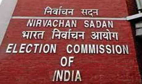EC serves notices to Yogi, Mayawati over 'communal' remark