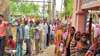 45.77% polling in first eight hours in Bihar