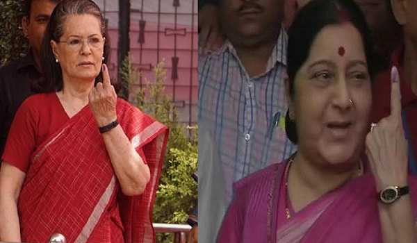 , Sushma, Sonia exercise their adult franchise in New Delh
