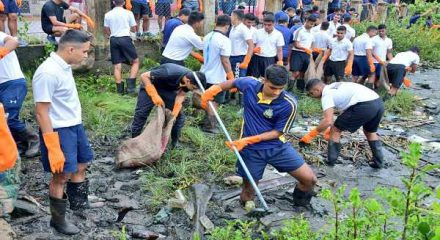 Naval personnel turn eco-warriors at Kochi