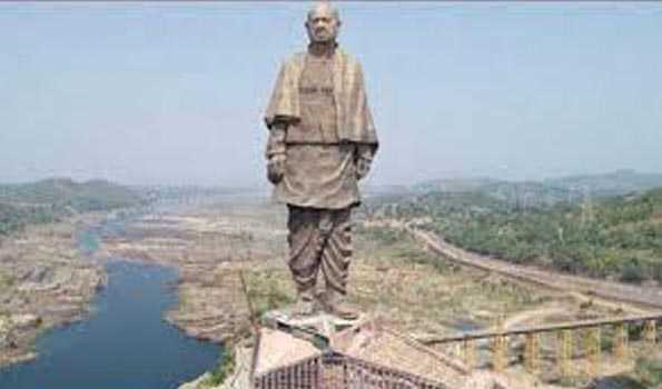 Seepage in Rs.3000 cr Statue of Unity, even in mild downpour