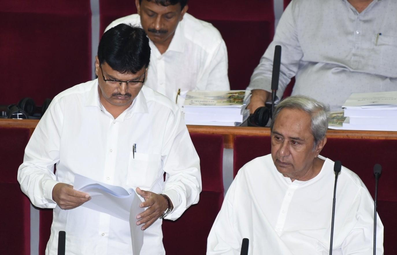 Niranjan Pujari presents Rs.1,39,000 crore Odisha budget for 2019-2020,claims state economy to grow 8 to 8.5 per cent