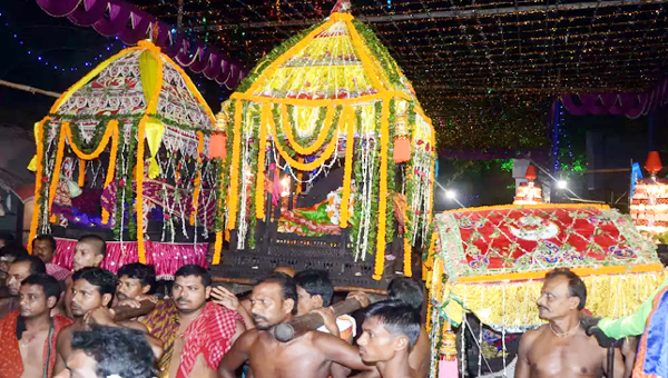 Divine marriage of Lord Siva with Mother Parvati solemnised