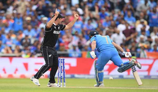 Cricket fan dies of cardiac arrest in Bengal immediately after Dhoni's run out in World Cup in England