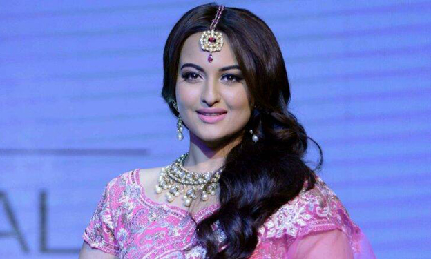 , UP police team in Mumbai to meet Sonakshi Sinha for inquiry into alleged cheating case