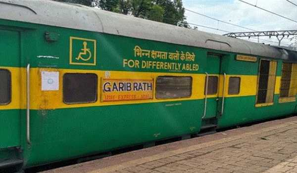 No proposal to discontinue Garib Rath services: Railways