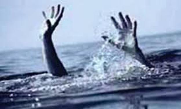 CRPF jawans save girl from drowning in Baramulla, video goes viral