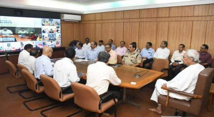 Naveen takes serious note & reviews flood situation
