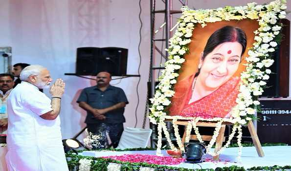 With a touch of emotion PM recalls Haryanvi touch in Sushma's accent while paying tributes
