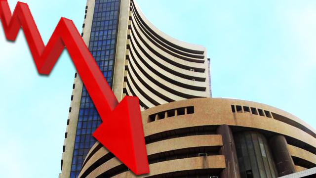 Sensex crashes 642.22 pts