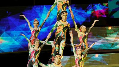 SHIJIAZHUANG, Oct. 28, 2019 (Xinhua) -- Acrobats perform during the 17th China Wuqiao International Circus Festival at Hebei provincial arts center in Shijiazhuang, capital of north China's Hebei Province, Oct. 28, 2019. (Xinhua/UNI PHOTO-15F