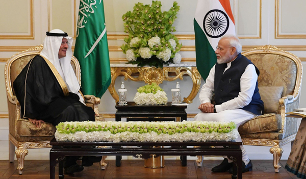 RIYADH, OCT 29 (UNI):-Prime Minister, Narendra Modi meeting the Minister of Energy, Prince Abdulaziz bin Salman Al Saud, in Riyadh, Saudi Arabia on Tuesday.UNI PHOTO-8F