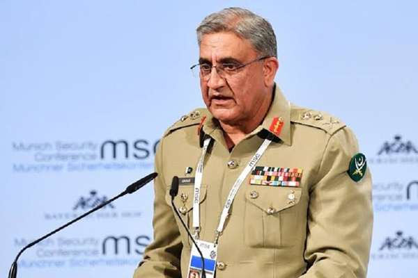 Pak SC suspends Army Chief Bajwa's extension, volatility charged politically