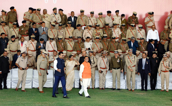 AHMEDABAD, NOV 28 (UNI) Gujarat Chief Minister Vijay Rupani at a medal distribution ceremony in Ahmedabad on Thursday. 168 police officers honoured with the medals. UNI PHOTO-64U