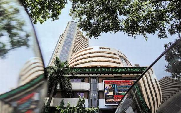 Sensex, Nifty edge higher in early trade