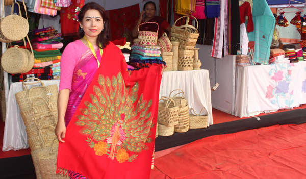 HYDERABAD, NOV 30 (UNI) Manipur stall owner display famous shall during 17 Rural Technology and Crafts Mela organized by The National Institute of Rural Development and Panchayati Raj in Hyderabad on Saturday. UNI PHOTO - RJ13u