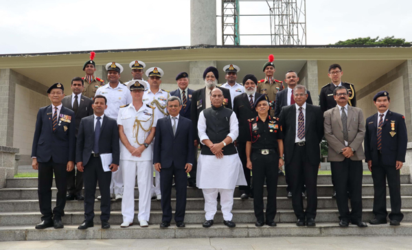 SINGAPORE, NOV 20 (UNI):- Defence Minister Rajnath Singh at Kranji War Memorial in Singapore on Wednesday.UNI PHOTO-8F