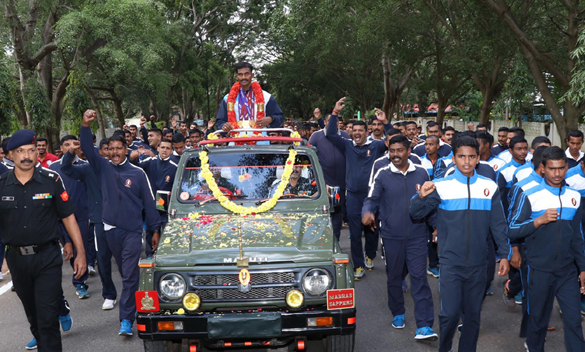 BENGALURU, NOV 02 (UNI) :- Subedar Anandan Gunasekaran, Para Athlete of Madras Engineering Group & Centre, Bangalore won three Gold medals in 7th Military Wold Games 2019 which was conducted at Wuhan, China in 100 meter, 200 meter and 400 meter events was felicitated by Brigadier TPS Wadhawa, Commandant and all ranks of the MEG and Centre in Bengaluru on Saturday. UNI PHOTO SLP/7U