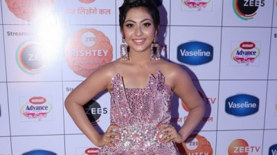 "Mumbai: Actress Reem Shaikh during the red carpet of ""Zee Rishtey Awards"" 2019 in Mumbai on Dec 7, 2019. (Photo: IANS)"