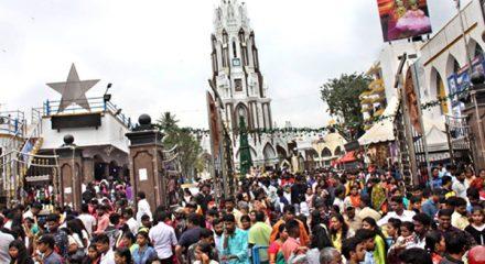 Bengaluru: People throng St Mary's Basilica Church on Christmas in Bengaluru, on Dec 25, 2019. (Photo: IANS)