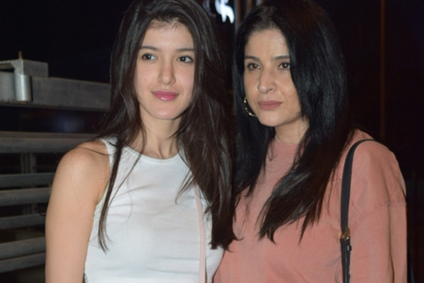 "Mumbai: Actor Sanjay Kapoor's daughter Shanaya Kapoor and wife Maheep Sandhu at the screening of the upcoming film ""Good Newwz"" in Mumbai on Dec 25, 2019. (Photo: IANS)"