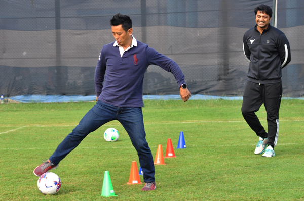 Kolkata: Former India football captain Bhaichung Bhutia along with actor turned TMC MP Dev alias Deepak Adhikari during a practice session for a upcoming Bengali film shooting in Kolkata on Dec 8, 2019. (Photo: Kuntal Chakrabarty/IANS)