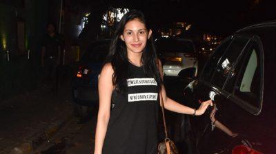Mumbai: Actress Amyra Dastur seen at Bandra, in Mumbai on Dec 25, 2019. (Photo: IANS)