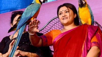 Kolkata: Actress Koneenica Banerjee at the inauguration of 21st Bird's Show organised by Paschimbanga Exotic Bird Lover Organisation (PEBLO) in Kolkata on Dec 13, 2019. (Photo: IANS)