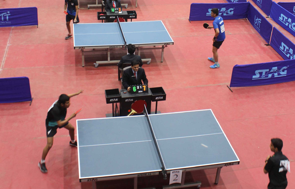 JAMMU, DEC 3 (UNI):- Paddlers in action on the second day of the 81st Junior and Youth Nationals Table Tennis Championship at Indoor Hall, Maulana Azad Stadium in Jammu (J&K) on Tuesday. UNI PHOTO-93U