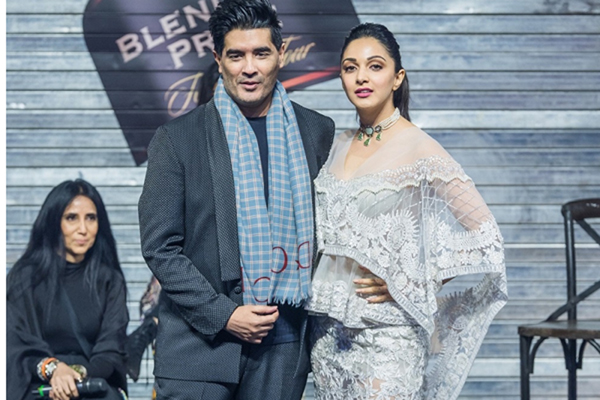 New Delhi: Fashion designer Manish Malhotra and his muse Kiara Lal Advani at the Blenders Pride Fashion Tour 2019 Preview, in New Delhi. (Photo: IANS)