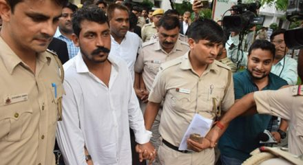 Priyanka demands immediate release of Chandrashekhar Azad