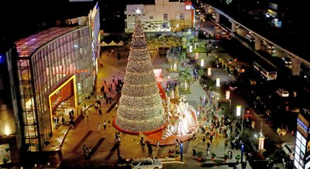 Bengaluru: A view of 75 feet tall Christmas Tree which was unveiled at Phoenix Marketcity ahead of the Christmas, in Bengaluru on Dec 6, 2019. (Photo: IANS)