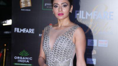 Mumbai: Actress Amruta Khanvilkar on the red carpet of Filmfare Glamour And Style Awards 2019 in Mumbai on Dec 3, 2019. (Photo: IANS)