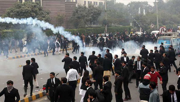 250 lawyers booked over Lahore hospital attack