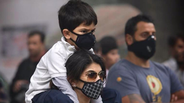 Delhi's air quality 'severe', AQI crosses 400-mark