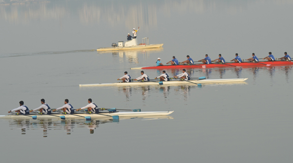 All India Women and Men Crew of Rowing Participant for awareness of Rowing