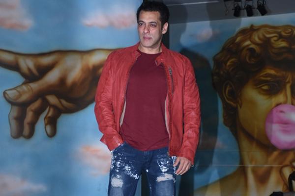 Mumbai: Actor Salman Khan during actress Saiee Manjrekar's birthday celebrations in Mumbai on Dec 23, 2019. (Photo: IANS)