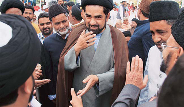 Shia cleric hits out at oppn for 'provoking' Muslims