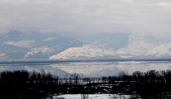 Bandipora: A view of Wular Lake in Jammu and Kashmir's Bandipora district on Jan 18, 2020. (Photo: IANS)