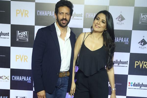 """Mumbai: Filmmaker Kabir Khan and his wife Mini Mathur at the screening of the film """"Chhapaak"""" in Mumbai on Jan 8, 2020. (Photo: IANS)"""