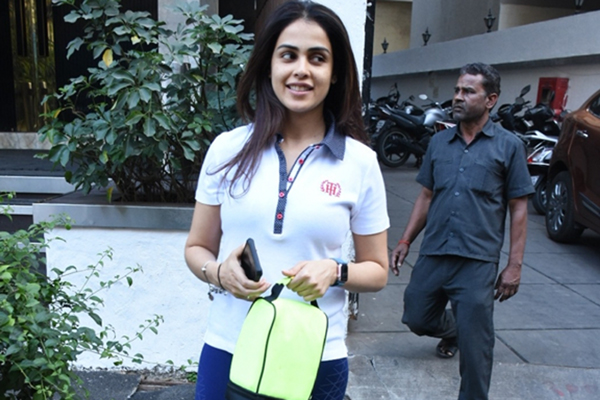 Mumbai: Actress Genelia D'Souza seen at a Bandra gym in Mumbai on Jan 21, 2020. (Photo: IANS)