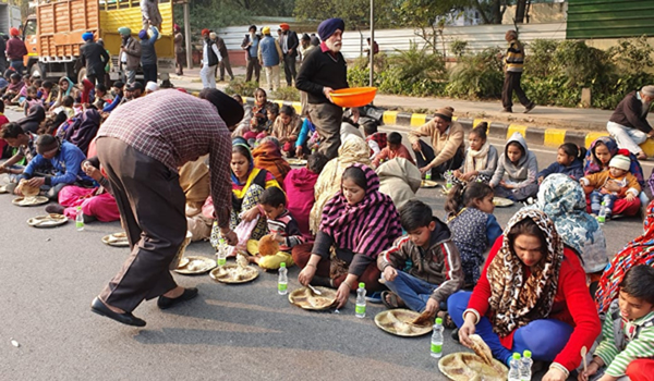 New Delhi: 'Langar' organised for protesters agitating against the attack on the Sikh holy place Nankana Sahib in Pakistan, in New Delhi on Jan 4, 2020. The attack on the Nankana Sahib Gurdwara, the birthplace of Guru Nanak, in Pakistan has triggered protests among Sikhs in India. (Photo: IANS)