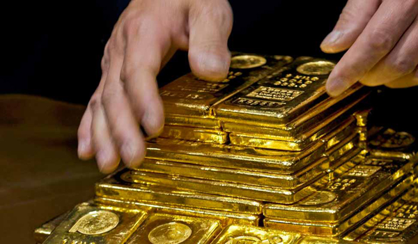 Gold surges to 7-year high over US-Iran tensions