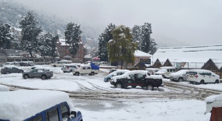 Bright sunny in Himachal after heavy snow
