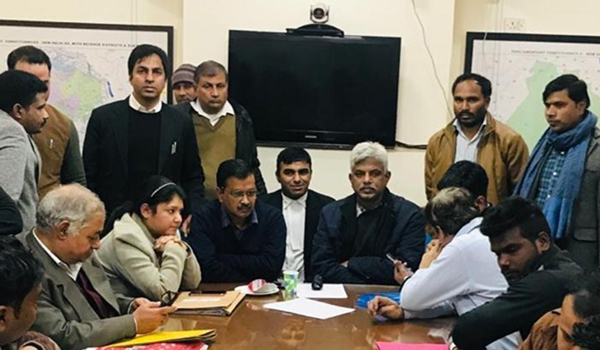 After hours of waiting, Kejriwal files nomination
