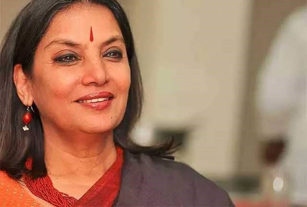 Shabana Azmi 'stable' and 'under observation'