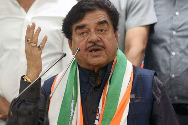 Shatrughan Sinha praises new BJP President