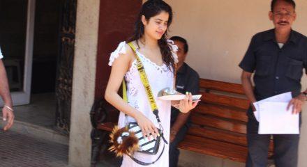 Mumbai: Actress Janhvi Kapoor seen at a Bandra gym, in Mumbai on Feb 7, 2020. (Photo: IANS)