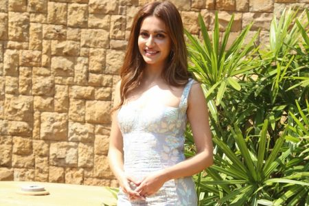 An actor must be thick-skinned: Kriti Kharbanda